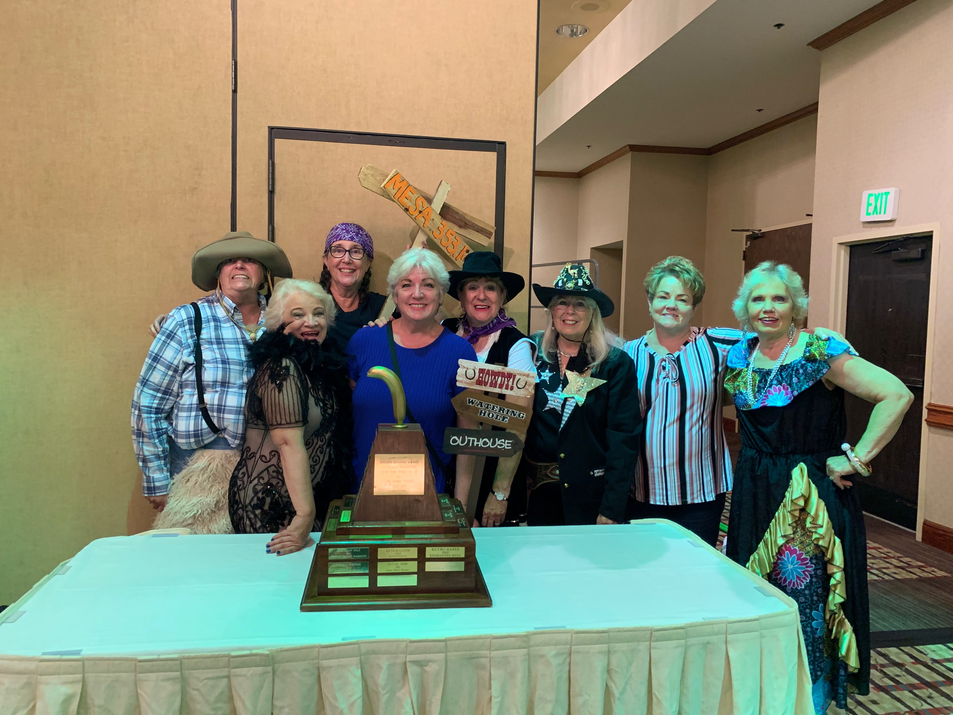 """Bling Slingers"" win the coveted golden banana"